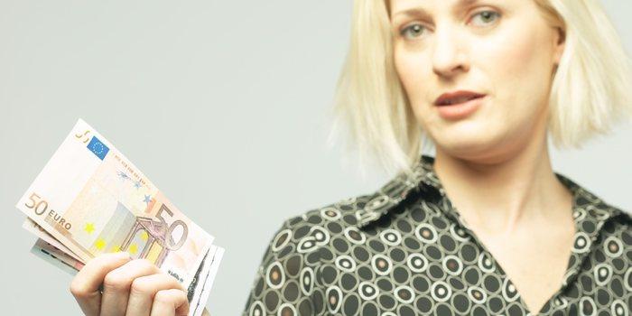 Geld lenen bij scheiding, waar moet je aan denken?